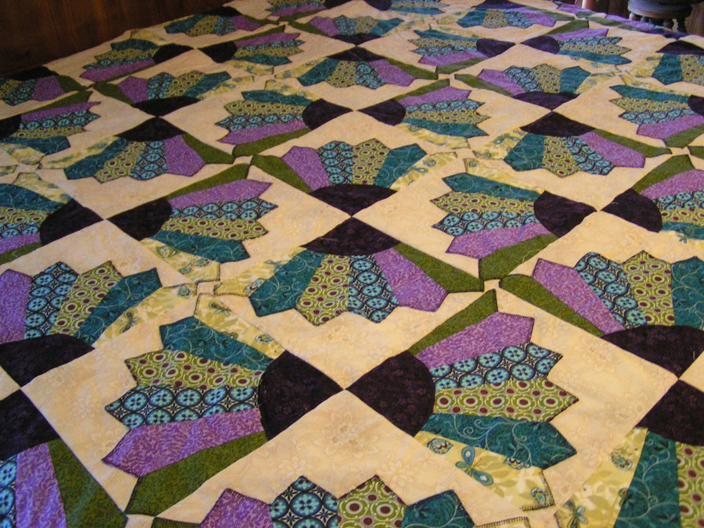 Islamic geometric interwoven moreover Random hexagon quilt also Sunbon  Sue Quilt additionally Martha Washingtons Flower Garden Quilt Pattern also Patterns. on fan quilt block pattern