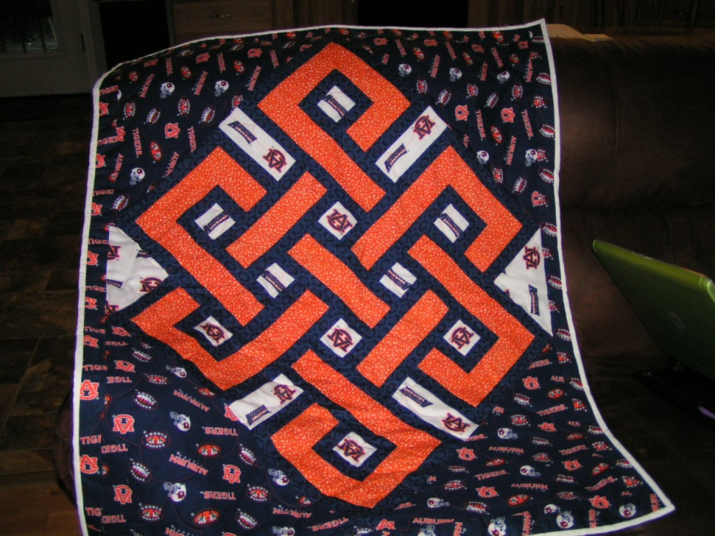 Alabama Football Quilt Pattern http://welovequilting.com/what-do-you-do-when/